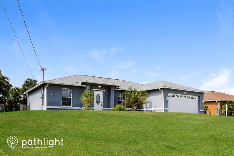 Photo of 1008 SW 37th Terrace, Cape Coral, FL, 33914