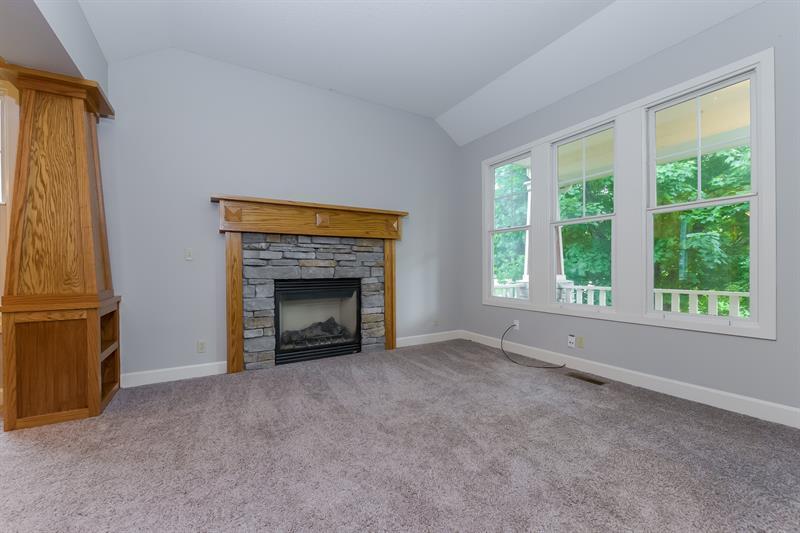 Photo of 15821 Linden St, Overland Park, KS, 66224