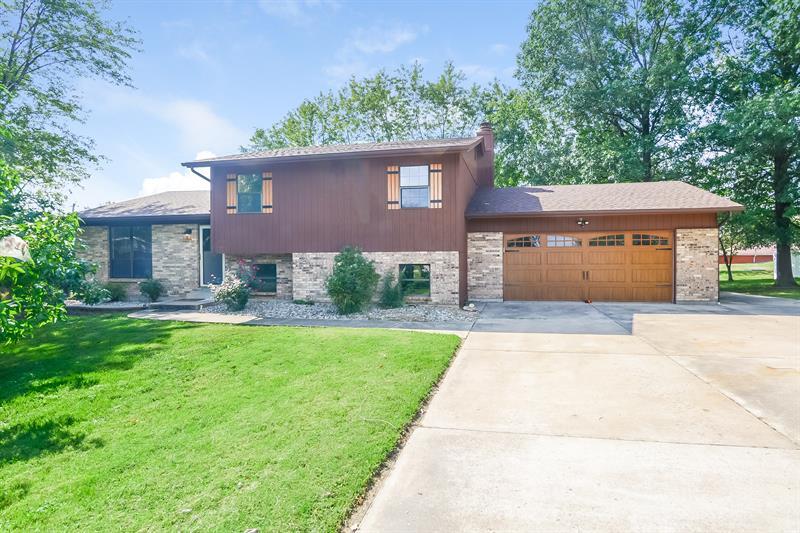 Photo of 710 Crestview Drive, O'Fallon, MO, 63366