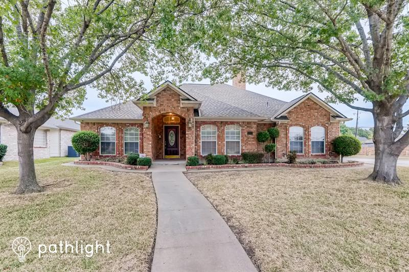Photo of 1730 Creek Valley Road, Mesquite, TX, 75181