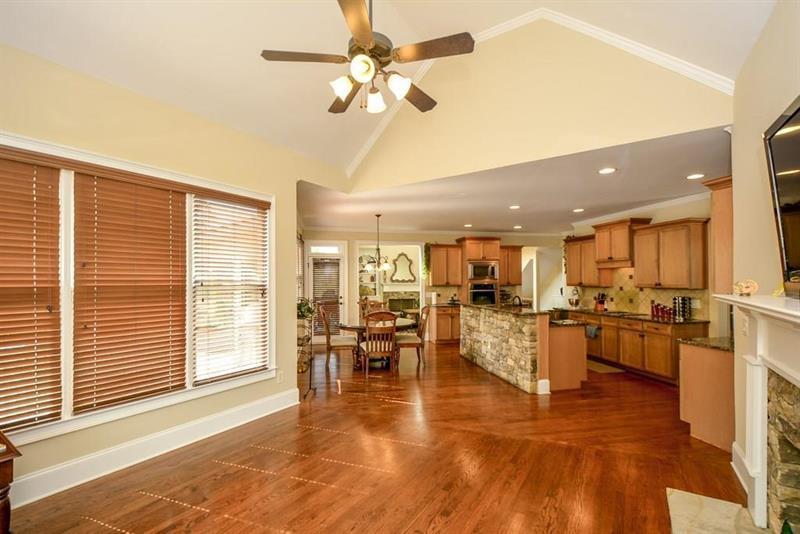 Photo of 5011 Glen Forrest Drive, Flowery Branch, GA, 30542