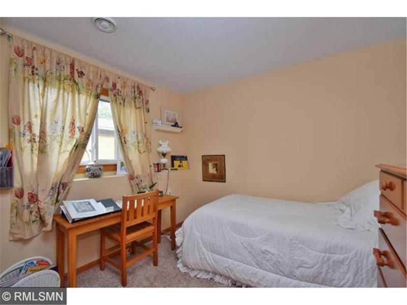 Photo of 7613 Fairfield Rd, Brooklyn Park , MN, 55444