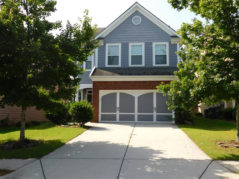 Photo of 2070 Lily Valley Dr, Lawrenceville, GA, 30045