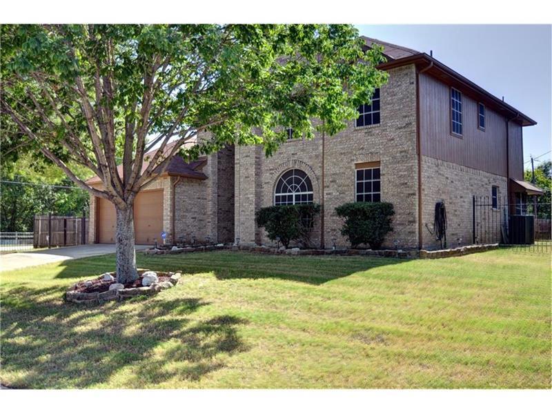 Photo of 5516 Rolling Green Rd, Arlington, TX, 76017