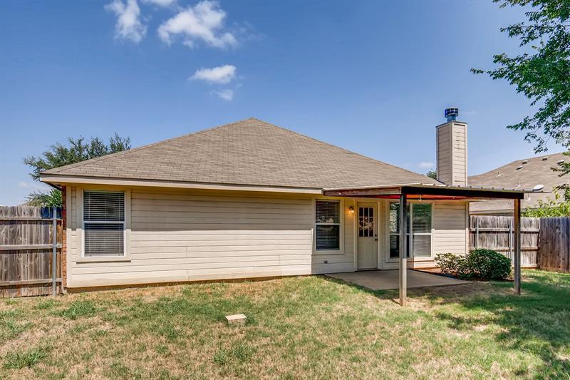 Photo of 126 Post Oak Drive, Waxahachie, TX, 75165