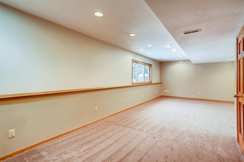 Photo of 8821 Jody Circle South, Cottage Grove, MN, 55016