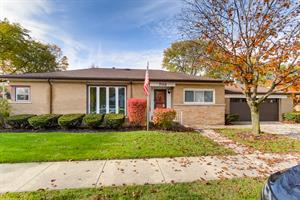 Home for rent in La Grange Park, IL