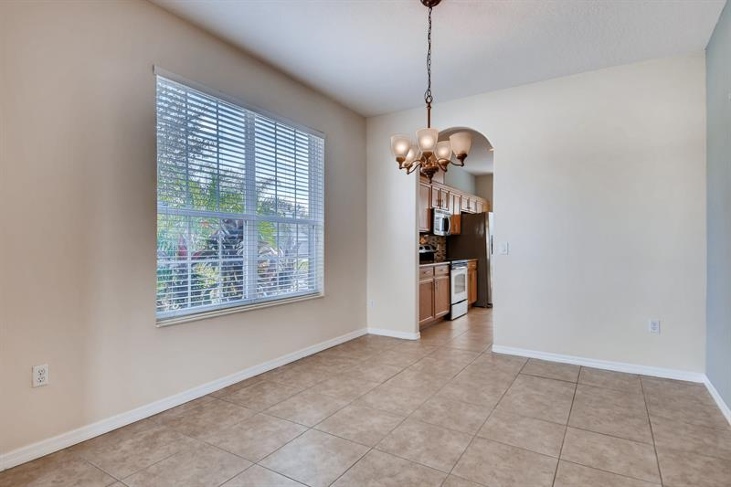 Photo of 12841 Moss Park Ridge Drive, Orlando, FL 32832