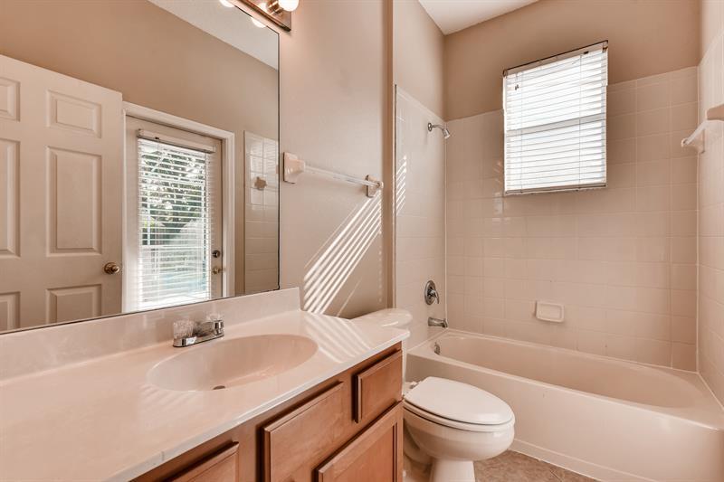 Photo of 9420 Laurel Ledge Drive, Riverview, FL, 33569