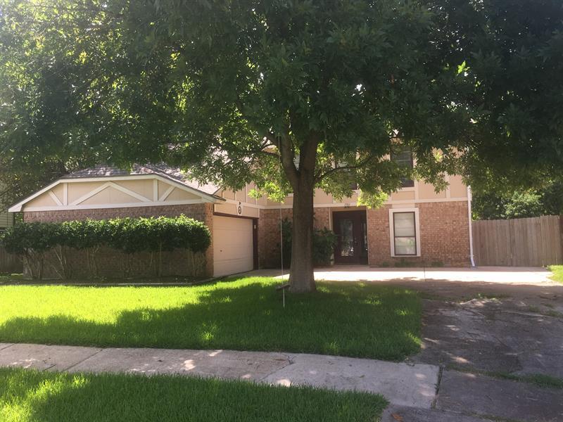 Photo of 2301 Lees Ct, League City, TX 77573