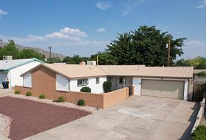 Home for rent in Albuquerque, NM