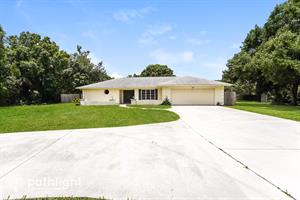 Home for rent in Venice, FL