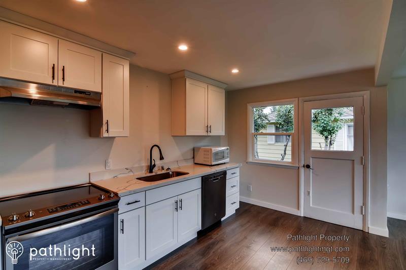 Photo of 6712 Fawcett Avenue, Tacoma, WA, 98408