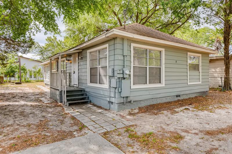 Photo of 8614 North Orangeview Avenue, Tampa, FL, 33617