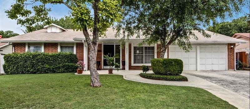 Photo of 3907 Briarcrest St, San Antonio, TX 78247