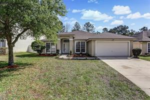 Home for rent in Orange Park, FL