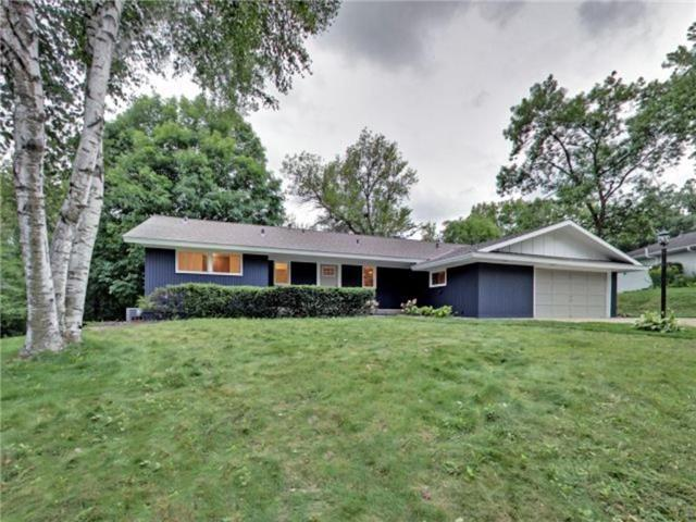Photo of 5944 Woodland Cir, Minnetonka, MN, 55345