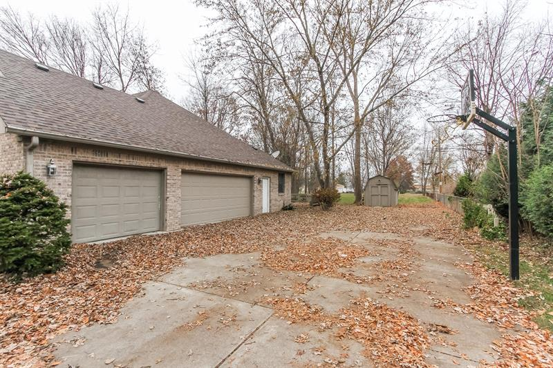 Photo of 7160 W Sacramento Dr, Greenfield, IN, 46140