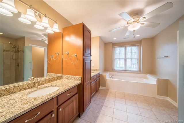 Photo of 912 Gristmill Dr, Rock Hill, SC, 29732