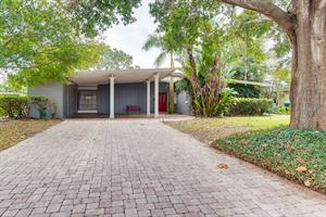 Home for rent in Maitland, FL