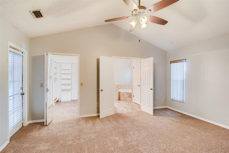 Photo of 12103 Shady Forest Dr, Riverview, FL 33569