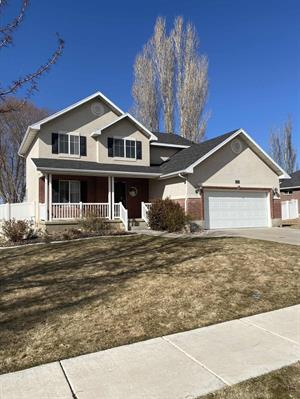 Home for rent in Syracuse, UT