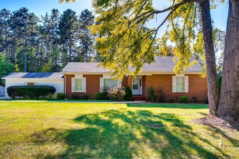 Photo of 11329 Montecarlo Drive, Huntersville, NC 28078