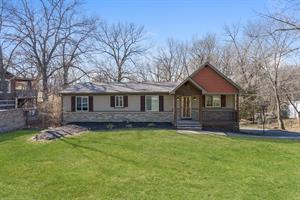 Home for rent in Weatherby Lake, MO