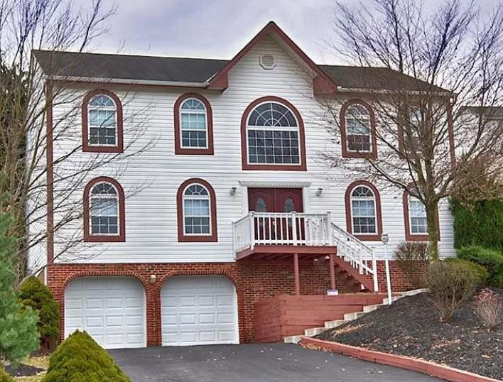 Photo of 113 Markwood Drive, Canonsburg, PA, 15317