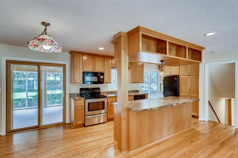 Photo of 3607 Robinwood Terrace, Minnetonka, MN, 55305