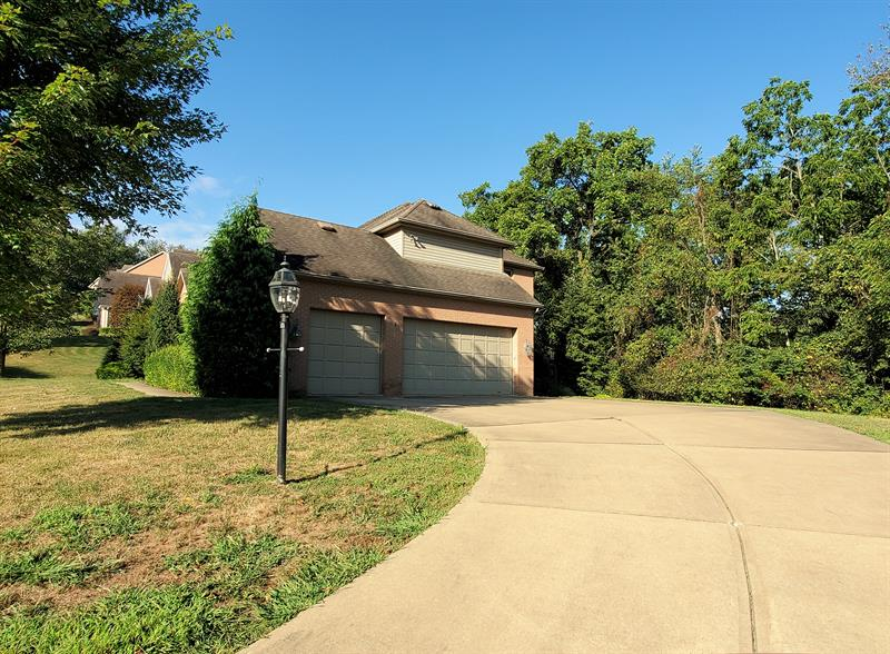 Photo of 319 Bunker Hill Dr, Canonsburg, PA, 15317