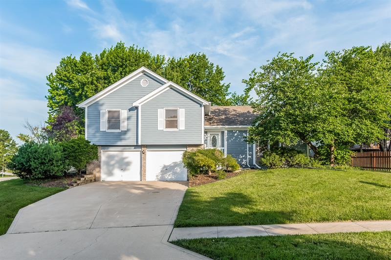 Photo of 10230 North Forest Avenue, Kansas City, MO, 64155