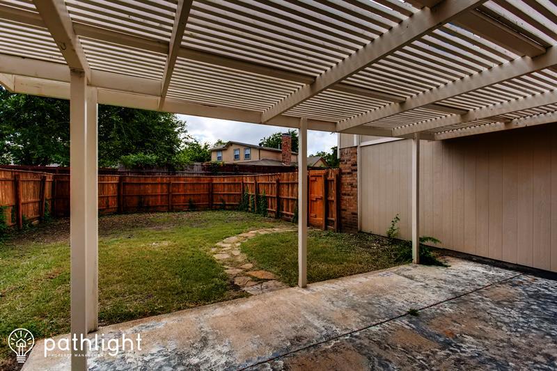 Photo of 5130 Gallahad Dr, Garland, TX, 75044