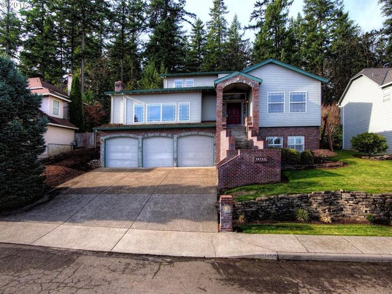 Photo of 14745 SE 117th Ave, Clackamas, OR, 97015