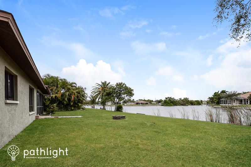 Photo of 109 NE 20th Ct, Cape Coral, FL, 33909