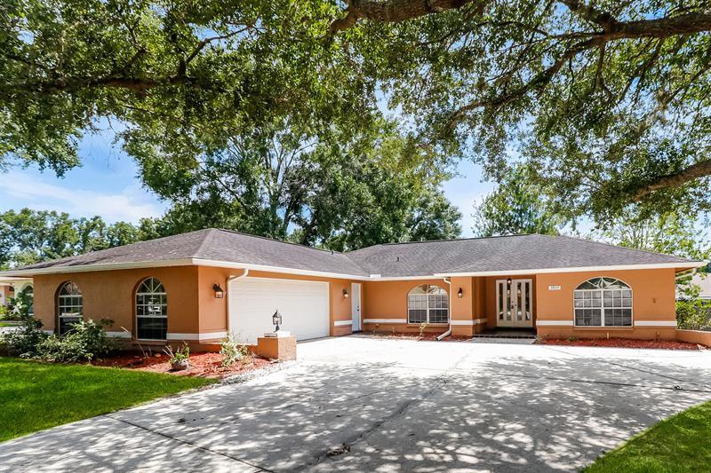 Photo of 3809 Knollside Ct, Land O Lakes, FL, 34639