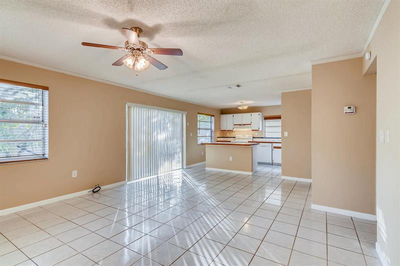 Photo of 500 Danville Terrace, Davie, FL 33325