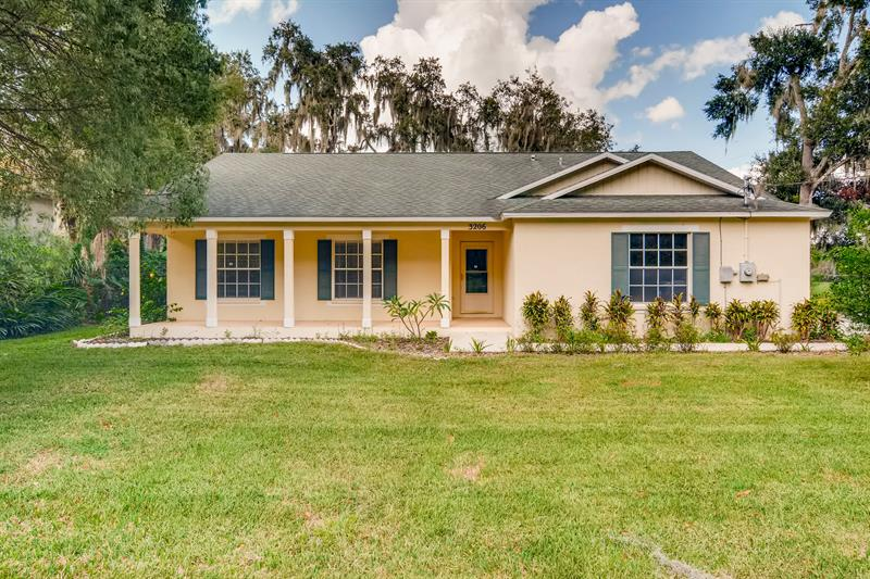 Photo of 3206 Bloomingdale Ave, Valrico, FL, 33596