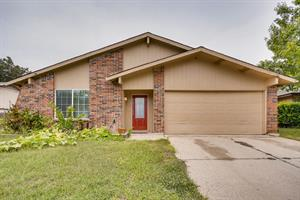 Home for rent in Arlington, TX