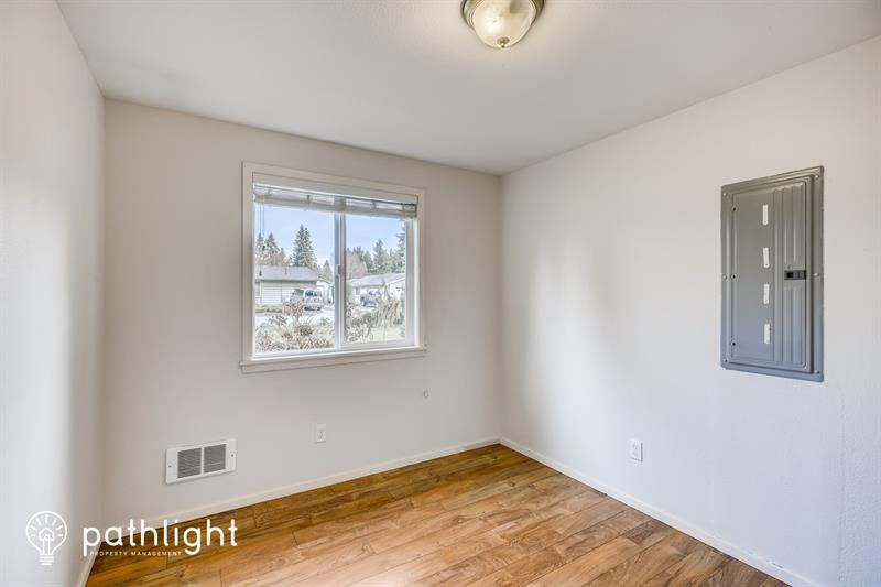 Photo of 12602 136th St E, Puyallup, WA, 98374
