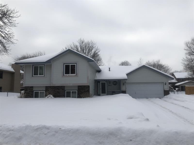 Photo of 8915 Pineview Ln N, Maple Grove, MN, 55369