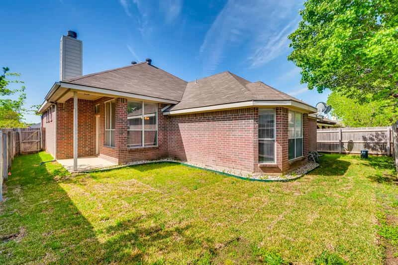 Photo of 4555 Summerbrook Circle, Fort Worth, TX, 76137