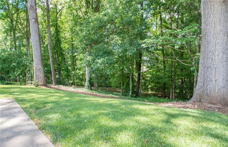 Photo of 5400 Beechmont Drive, Greensboro, NC, 27410