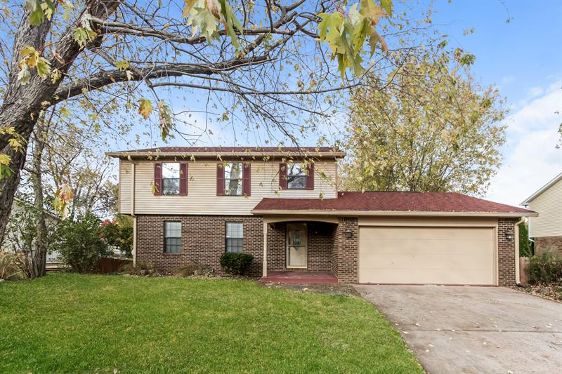 Photo of 8641 Fox Ridge Ln, Indianapolis, IN 46256