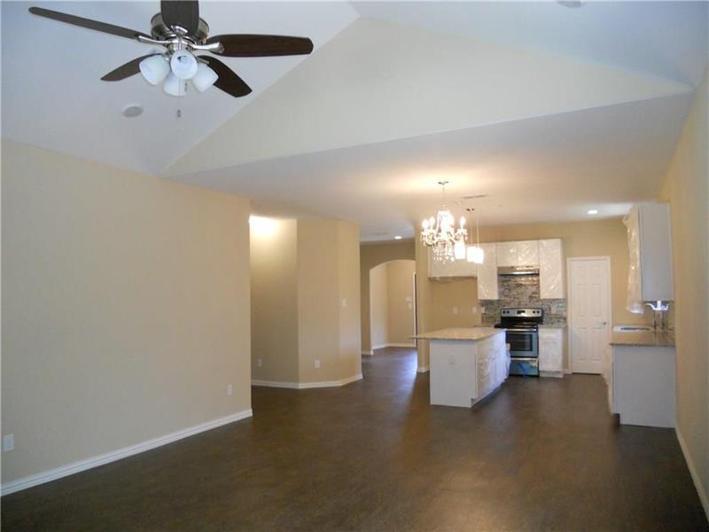Photo of 1518 Avenue B, Grand Prairie, TX, 75051