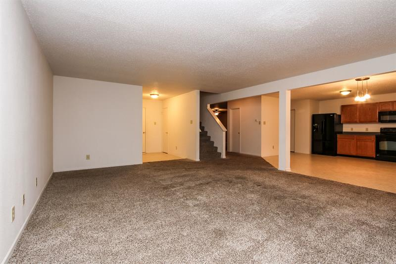 Photo of 3311 Holt St, Whiteland, IN, 46184