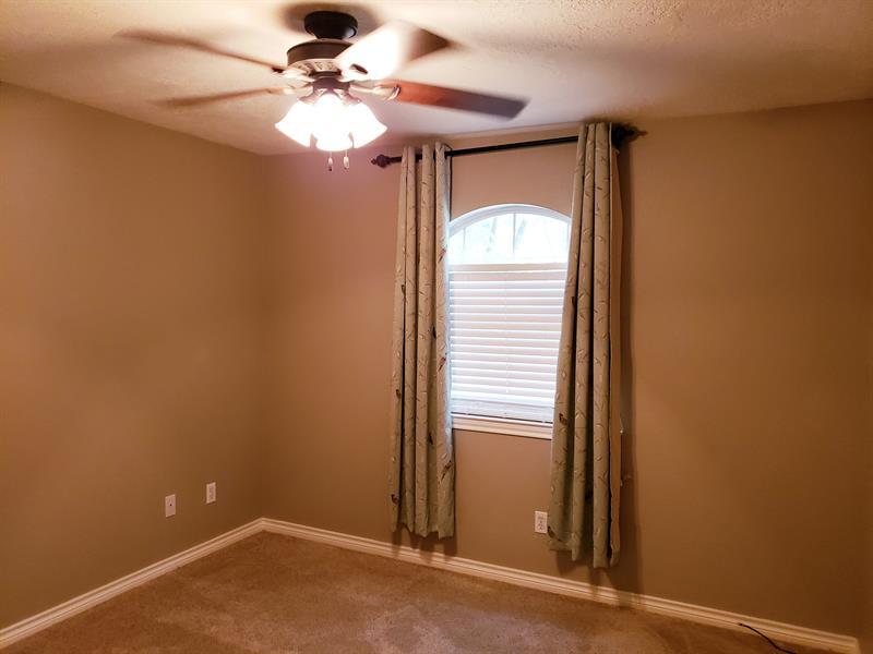 Photo of 911 McDaniel Drive, Magnolia, TX 77354