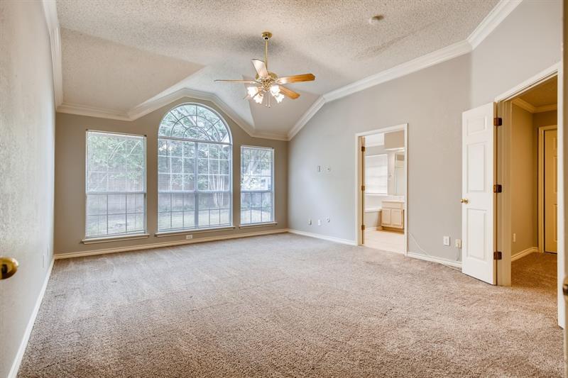 Photo of 6103 Pinwood Circle, Arlington, TX 76001