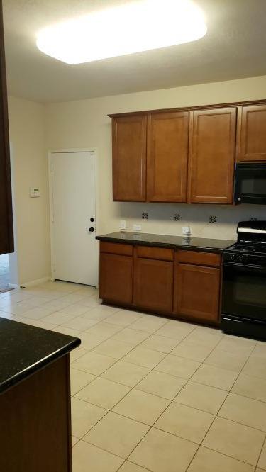 Photo of 9723 Crestwood Dr., Mont Belvieu, TX, 77523