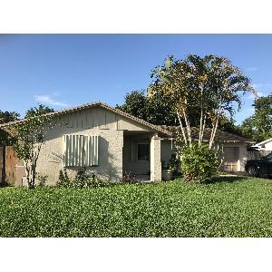 Home for rent in Davie, FL